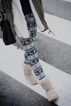 Winter printed leggings.