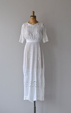 Jefferson House dress • 1910s white cotton lawn dress • antique Edwardian tea…