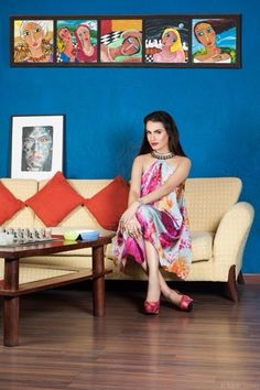 Nadia Hussain makeup.