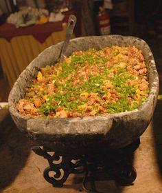 feijão tropeiro p jantaa ........hummmmm Baum di mais da conta so....