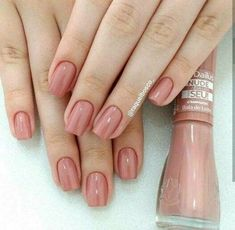 Maybe you have discovered your nails lack of some stylish nail art? Yes, recently, many girls personalize their nails with lovely … Classy Nails, Stylish Nails, Trendy Nails, Perfect Nails, Gorgeous Nails, Nail Manicure, Toe Nails, Gel Pedicure, French Gel