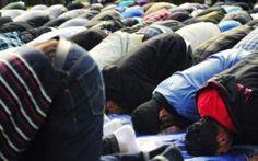 May a Man Lead a Non-Mahram Woman in Prayer?