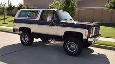 1979 GMC Jimmy High Sierra 400 CI, Lift presented as lot at Dallas… Old Pickup Trucks, Lifted Chevy Trucks, Classic Chevy Trucks, Gm Trucks, Chevy Pickups, Cool Trucks, Chevy Stepside, Classic Chevrolet, Diesel Trucks