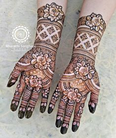 31 Bridal Henna Designs That Will Make You Stand Apart In Weddings In your hands with latest mehendi designs that can be perfectly curated by Mehndi Artist in Jaipur to make your mehendi ceremony unforgettable. Indian Henna Designs, Floral Henna Designs, Henna Designs Feet, Latest Bridal Mehndi Designs, Full Hand Mehndi Designs, Mehndi Designs For Girls, Wedding Mehndi Designs, Dulhan Mehndi Designs, Latest Mehndi Designs