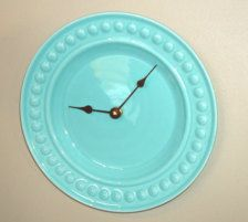 Turquoise plate clock