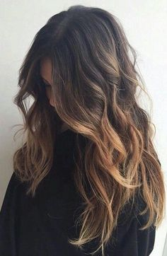 gorgeous ombre hair color and loose waves  ~ we ❤ this! moncheriprom.com