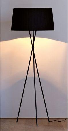 Paul GT & Tripod-Santa & Cole Is It Really Teak Wood? Powder Room Lighting, Living Room Lighting, Free Standing Lamps, Standing Lights, Santa Cole, Decorative Floor Lamps, Homemade Home Decor, Black Lamps, Interior Lighting