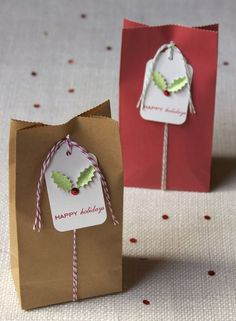 Mini paper bags & twine.