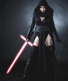 Sith Lord Costume, Female Sith, Disfraz Star Wars, Star Wars Sith, Star Wars Outfits, Star Wars Girls, Star Wars Costumes, Darth Vader, Amazing Cosplay