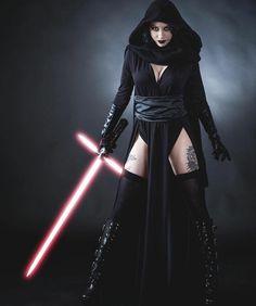 Kylo Ren Costumes, Star Wars Costumes, Star Wars Mädchen, Star Wars Girls, Sith Lord Costume, Disfraz Star Wars, Female Sith, Darth Vader, Amazing Cosplay
