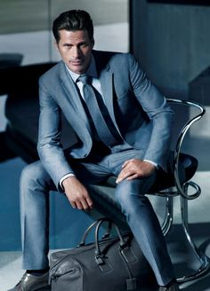 Shop designer clothes and accessories at Hugo Boss. Find the latest designer suits, clothing & accessories for men and women at the official Hugo Boss online store. Gentleman Mode, Gentleman Style, Dapper Gentleman, Modern Gentleman, Men's Suits, Groom Suits, Sharp Dressed Man, Well Dressed Men, Wedding Men