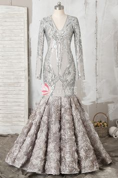 ddb7bc93a1 31 Best Lunss Formal Dresses images in 2019