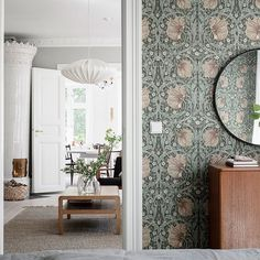 Could You Imagine Living In This Dreamy Swedish Home? (my scandinavian home) Scandinavian Home Interiors, Design Scandinavian, Scandinavian Bathroom, Living Room Decor, Bedroom Decor, Swedish House, Interiores Design, Interior Inspiration, Interior Decorating