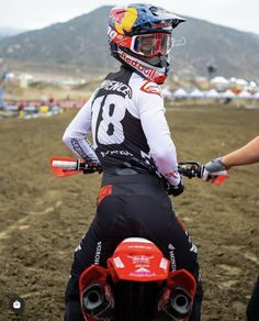 Motocross Photography, Ford Super Duty, Dirtbikes, Motorbikes, Bae, Husband, Funny, Modern, People