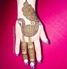 Check beautiful & simple arabic mehndi designs 2020 that can be tried on wedding. Shaadidukaan is offering variety of latest Arabic mehandi design photos for hands & legs. Best Arabic Mehndi Designs, Peacock Mehndi Designs, Mehndi Designs For Kids, Modern Mehndi Designs, Mehndi Designs For Beginners, Mehndi Design Photos, Wedding Mehndi Designs, Mehndi Designs For Fingers, Latest Mehndi Designs