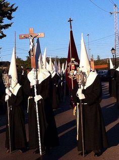 Comienzan las procesiones de Semana Santa - villalbainformacion.com