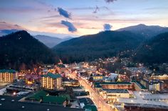 Free Things to Do In Gatlinburg, TN: Take a Photi at One of Gatlinburg's Scenic Overlook
