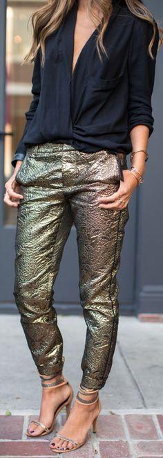 como combinar prendas metalicas - Fucsia.co