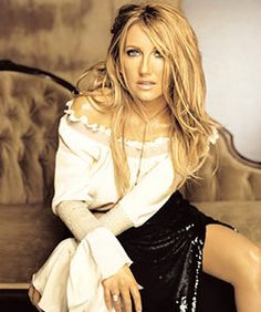 Today's clue in our @BootDazzles Twitter Contest features this country music icon! Be 1st to answer it right on Twitter and you'll be entered in drawing to win a BootDazzle of Your Choice!