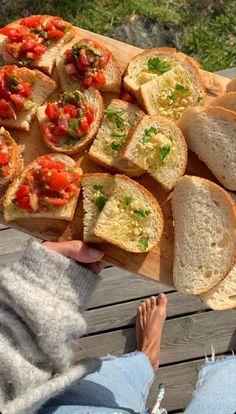 Think Food, I Love Food, Good Food, Yummy Food, Comida Picnic, Food Goals, Aesthetic Food, Summer Aesthetic, Aesthetic Girl