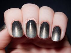 Smoky Holographic Gradient with I Love Nail Polish via @Chalkboard Nails #nailart #ombre #indiepolish