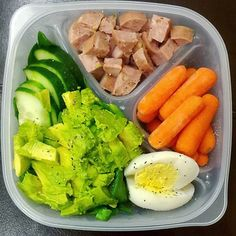 Adult lunchables are amazing. #Whole30 M2: an #aidellschickenapplesausage + carrots + hard boiled egg + half an avo + cukes + spinach