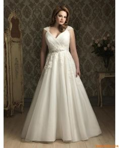 This is very romantic i love this | Romantic Lace Wedding Dress Plus Size Cap Sleeves V neckline