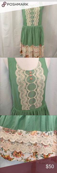 Matilda Jane size Large where the green grass grow Wonderful lace and ruffle detail in this dress.  Flattering on any figure Matilda Jane Dresses