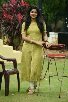 Aparna Balamurali Beautiful HD Photoshoot Stills Salwar Designs, Kurti Designs Party Wear, Kurta Designs Women, Sari Blouse Designs, Dress Neck Designs, Indian Designer Outfits, Designer Dresses, Churidhar Designs, Salwar Pattern