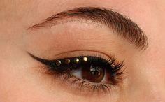Pasión por el maquillaje: Look: delineado con tachuelas.http://www.pasionporelmaquillaje.com/2014/02/look-delineado-con-tachuelas.html #makeup