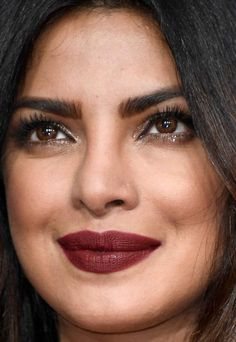 Close-up of Priyanka Chopra at the 2017 Golden Globe Awards.