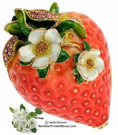 Trinket Box: Strawberry Box