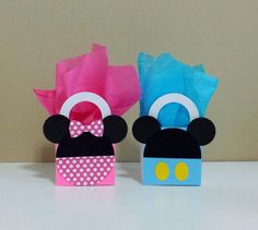10 Minnie & Mickey Mouse Pink / Blue Favor by CutePartySupplies