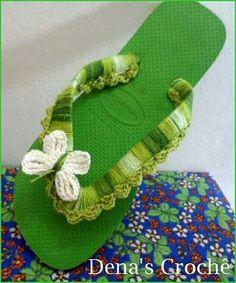 41 Ideas crochet baby sandals flip flops flower for 2019 Crochet Slipper Pattern, Bead Crochet Patterns, Crochet Motif, Crochet Baby Sandals, Crochet Slippers, Ribbon Flip Flops, Crochet Flip Flops, Decorating Flip Flops, Crochet Accessories