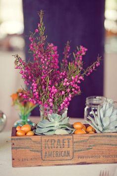 Natuurlijke materialen, robuuste decoratie en een landelijke locatie: de rustieke bruiloft is hot in Amerika.