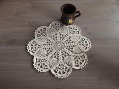 This handmade crochet doily measures in diameter Light beige - cotton ♥♥Made in a smoke free & pet free environment. Taupe, Beige, Crochet Doilies, Coasters, Crochet Earrings, Trending Outfits, Unique Jewelry, Handmade Gifts, Etsy