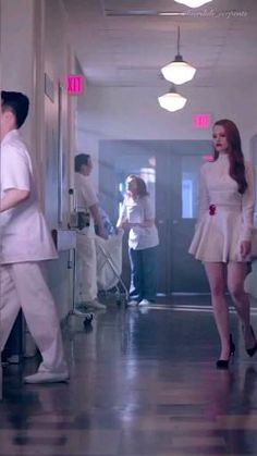 Cheryl Blossom Riverdale, Riverdale Cheryl, Riverdale Funny, Riverdale Cast, Cheryl Blossom Aesthetic, Camila Mendes Riverdale, Riverdale Betty And Jughead, Camilla Mendes, Cole M Sprouse