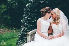 barn wedding cotswolds, cripps barn wedding, same sex wedding photographs, two brides wedding portraits