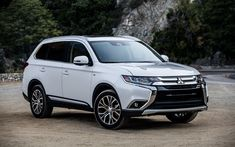 Download wallpapers Mitsubishi Outlander, 2018, white crossover, new Outlander, facelift, Japanese cars, Mitsubishi