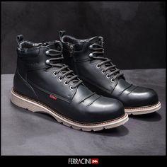Boots com preços especiais na Black Week - 20 a 26 de novembro.    #ferracini24h #fashion #cool #modamasculina #shoes
