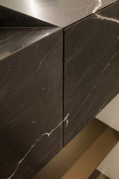 Marble drawer detail by Dieter Vander Velpen Architects Marble craftsmanship: Il Granito Photo: Thomas De Bruyne _ for marble lower bath Architecture Details, Interior Architecture, Bathroom Interior Design, Interior Decorating, Marble Furniture, Bathroom Furniture, Joinery Details, Marble Stones, Granite