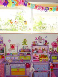 子供部屋の窓の外の画像:こどものにわ