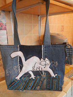 Jean Purses, Hobo Purses, Purses And Bags, Denim Backpack, Denim Bag, Bag Quilt, Denim Handbags, Cat Bag, Recycled Denim