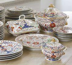 An assembled Chamberlain's Worcester and Derby Imari part dinner and dessert service circa 1820 134 pieces