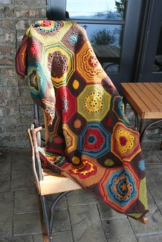 The first afghan to stir feeling of interest for knitting. : wedewschool's Moorish Mosaic Afghan [based on the Moorish Mosaic Afghan by Lisa Naskrent] Motifs Afghans, Crochet Motifs, Crochet Quilt, Afghan Crochet Patterns, Crochet Squares, Crochet Home, Crochet Crafts, Crochet Stitches, Crochet Projects