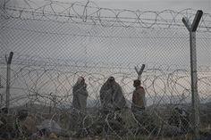 Refugiados varados en la frontera de Macedonia suben a 6.500 - http://a.tunx.co/f6LBn