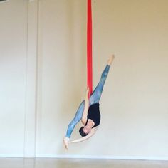 """Someone a few days ago asked how to get into """"Hangle Dangle"""" on hammock, so here's a video! There are several ways to get here, but this is the one I did for the photo."""
