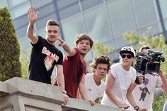 waving to fans in mexico