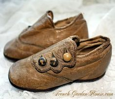Antique Victorian Brown Button Baby Shoes WP