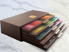 Mitsubishi Pencil Limited Edition Uni Color 240 Colored Pencils Set from Japan. Holy cow this puts my color pencil set to shame. Art Supplies Storage, Craft Supplies, Desenhos Halloween, Mitsubishi Pencil, Coloured Pencils, Color Pencil Art, Drawing Tools, Drawing Art, Art Techniques
